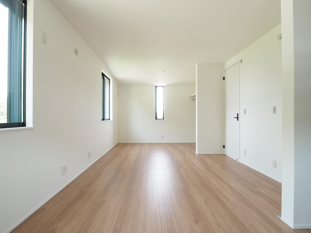 【子供部屋は広く広く】 子供部屋の間仕切りは取っ払い、  初めは二間続きのお部屋にしました。