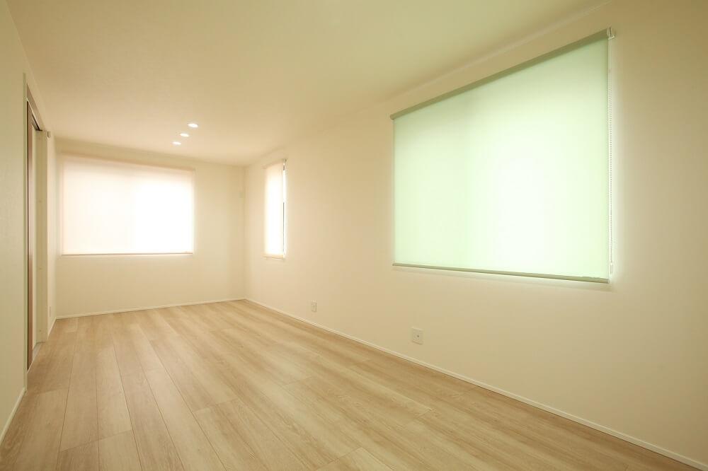 子供室は将来的に間仕切り壁を作れるようにして、今は広く使えるようにしました。